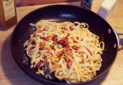 Linguine cacio pepe with pancetta